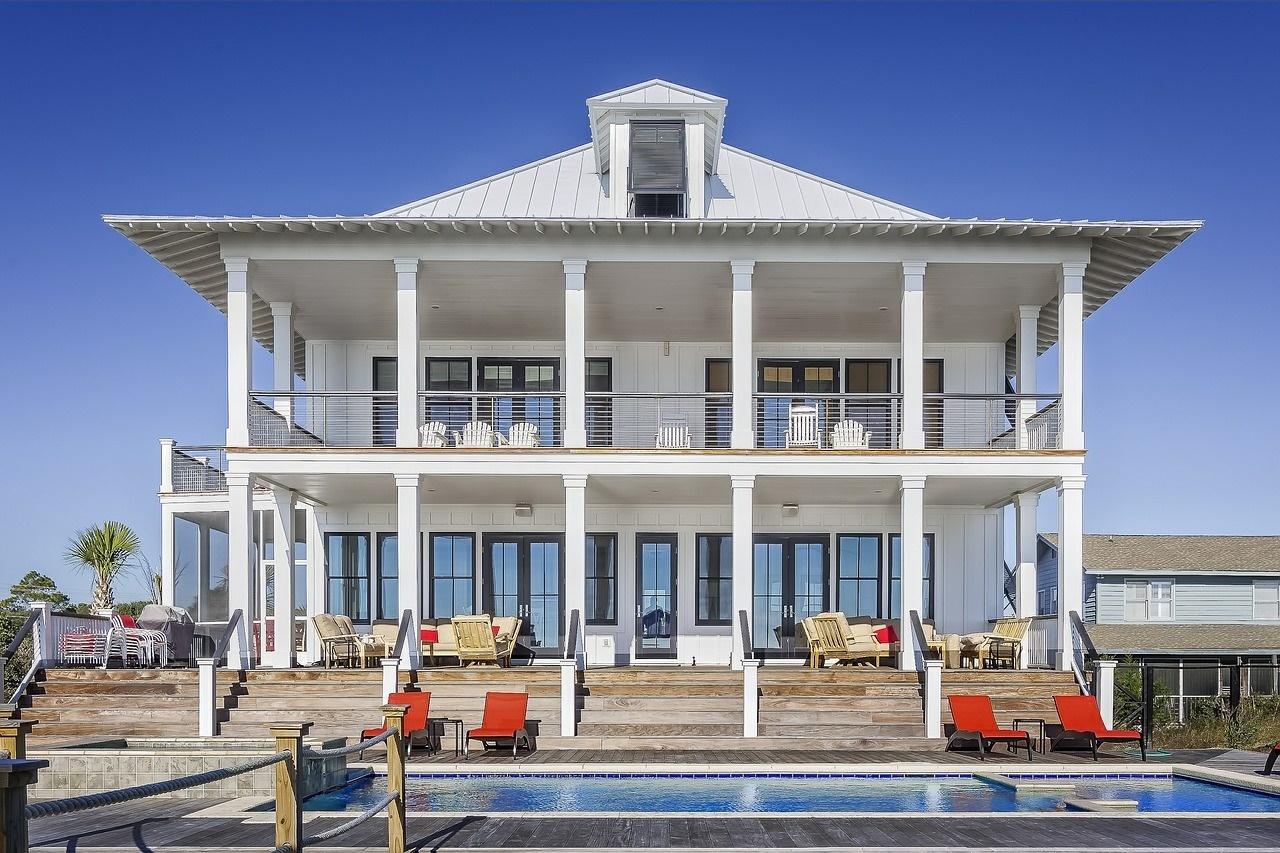 Luxus Ferienhaus mit Swimmingpool und Terasse