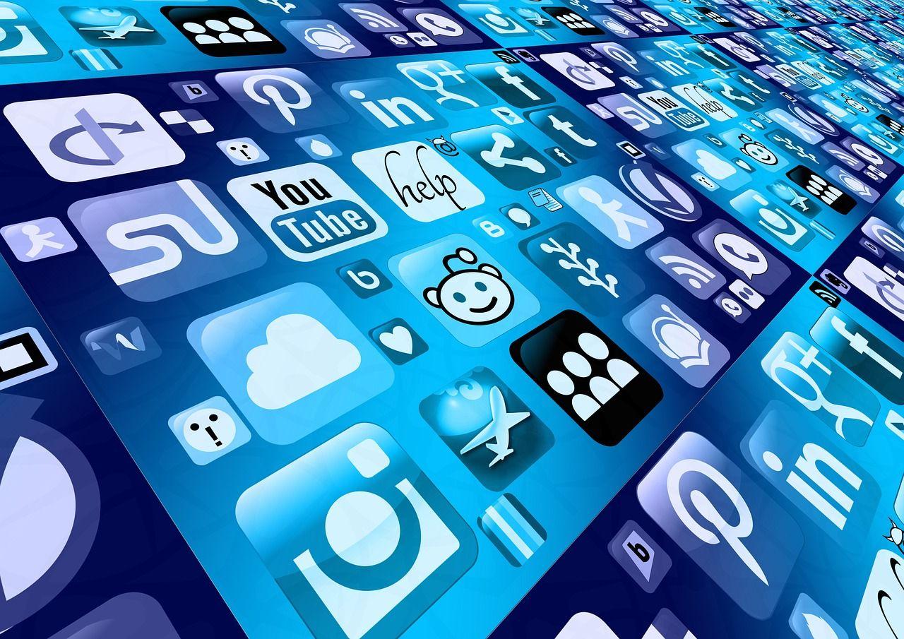 Top 5 Dinge, die heute mit dem Handy erledigt werden und Zeit sparen