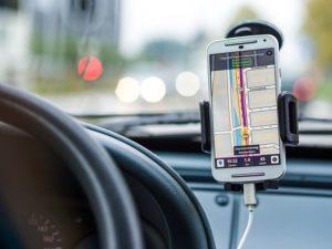 Navigationssystem im Smartphone für das Auto