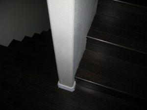 Stufen aus Bambus - dunkel eingefärbt in Espresso
