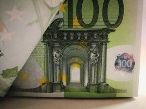 Minikredit und Kleinkredit: Unkompliziert Engpässe überbrücken ohne hohe Dispozinsen