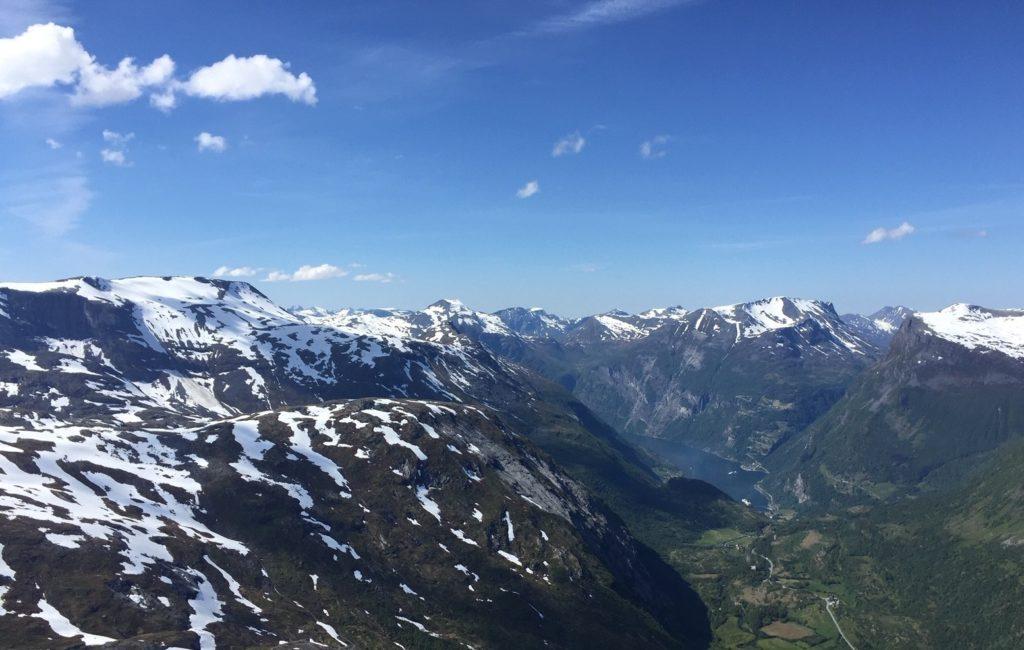 Blick auf den Geiranger-Fjord